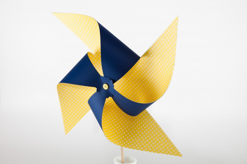 Large yellow + navy blue pinwheel